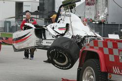 Alex Lloyd's damaged car is returned to the garage