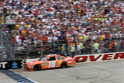 Kyle Busch takes the checkered flag