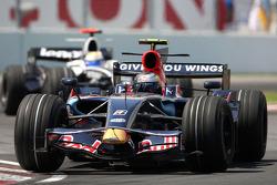 Sebastian Vettel, Scuderia Toro Rosso, STR02 leads Nico Rosberg, WilliamsF1 Team, FW30