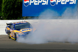 Michael Waltrip spins