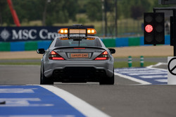 El Safety car sale a pista