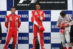 Podio: ganador de la carrera Felipe Massa, segundo lugar Kimi Raikkonen y el tercer lugar Jarno Trulli