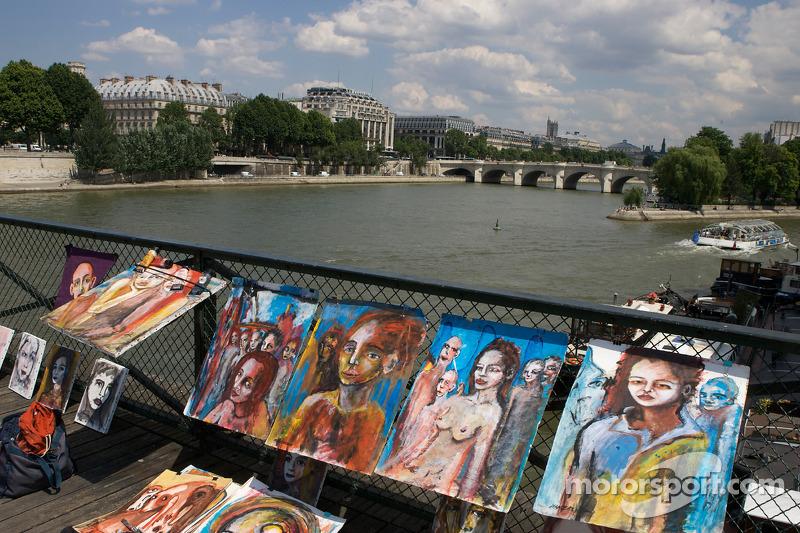 Visit of Paris: Pont des Arts