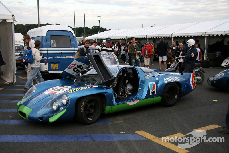 45 alpine renault a220 1968 sylvain stepak henri stepak at le mans classic. Black Bedroom Furniture Sets. Home Design Ideas