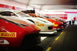 Le Ferrai 458 Challenge EVO in allestimento nel box