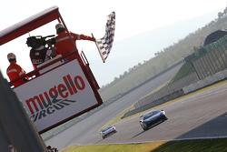 """#55 Scuderia Autoropa Ferrari 458: """"Babalus"""", taglia per primo il traguardo"""