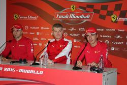 Conferenza stampa Finali Mondiali Ferrari: da sinistra a destra, Gianmaria Bruni, AF Corse, Antonello Coletta, Direttore per le competizioni GT e Corse Clienti e Andrea Bertolini, SMP Racing