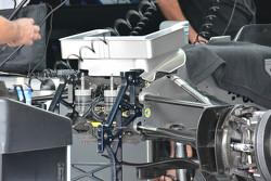 Передняя часть Mercedes AMG F1 W06
