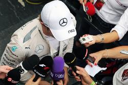 Нико Росберг, Mercedes AMG F1 со СМИ