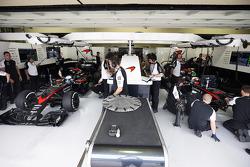 Fernando Alonso, McLaren y Jenson Button, McLaren MP4-30