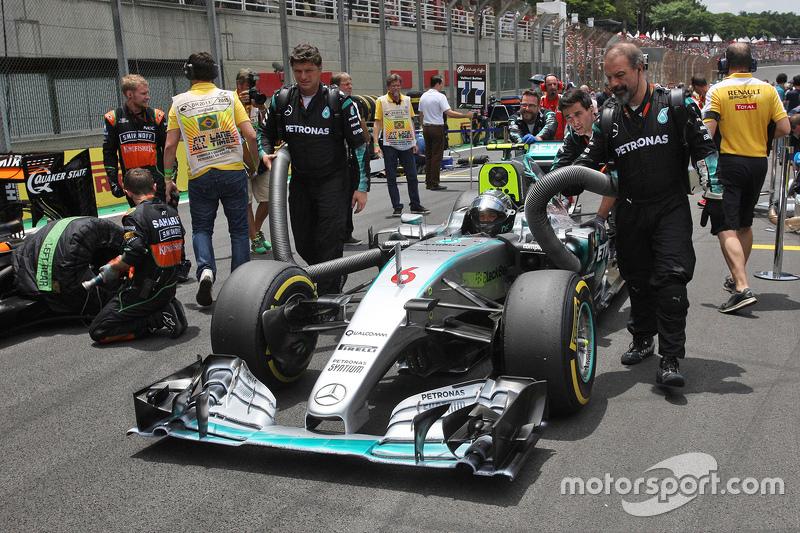 Ніко Росберг, Mercedes AMG F1 W06 на стартовій решітці