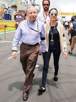 Jean Todt, FIA President with his wife Michelle Yeoh, on the grid