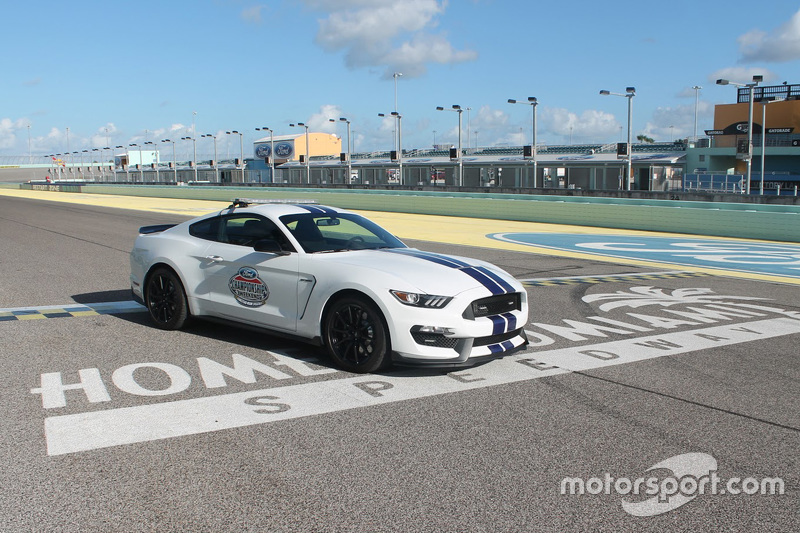 Shelby GT350 Mustang Pace-Car