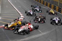 Mitsunori Takaboshi, B-Max Racing Team, Dallara Toyota; Yuhi Sekiguchi, B-Max Racing Team, Dallara Toyota