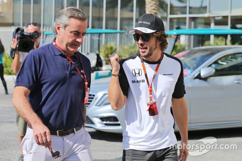 Carlos Sainz mit Fernando Alonso, McLaren