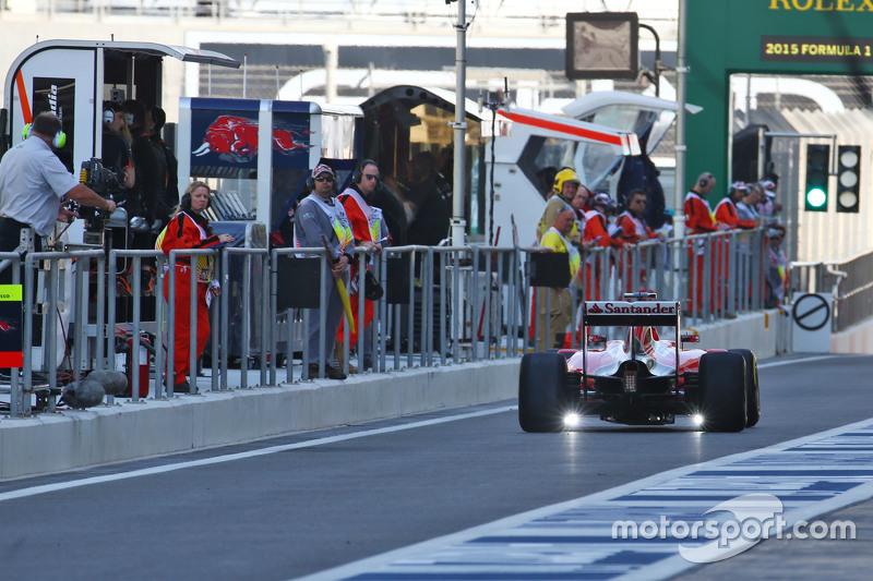Kimi Räikkönen, Ferrari SF15-T, mit LED-Sensoren
