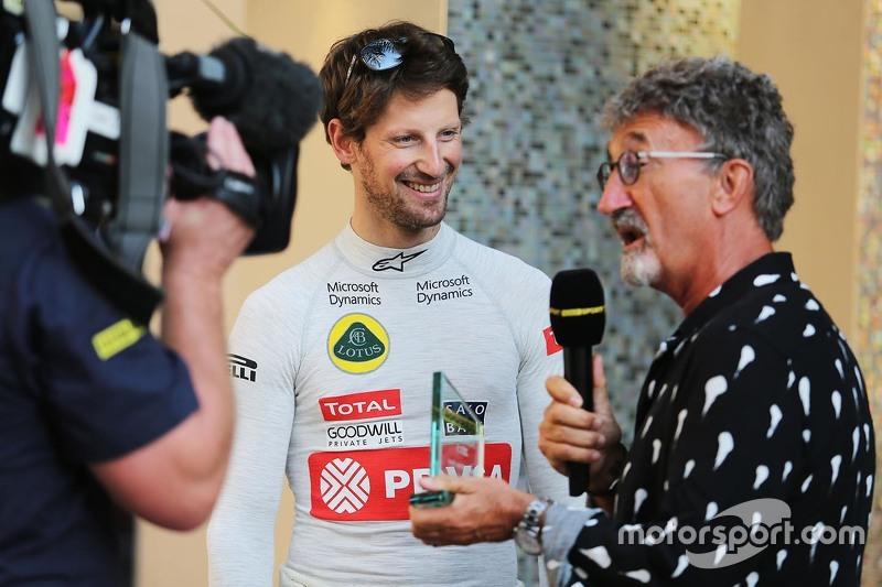 Romain Grosjean, Lotus F1 Team con Eddie Jordan, BBC Experto de la televisión