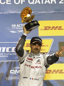 Podio: il vincitore Yvan Muller, Citroën C-Elysée WTCC, Citroën World Touring Car team