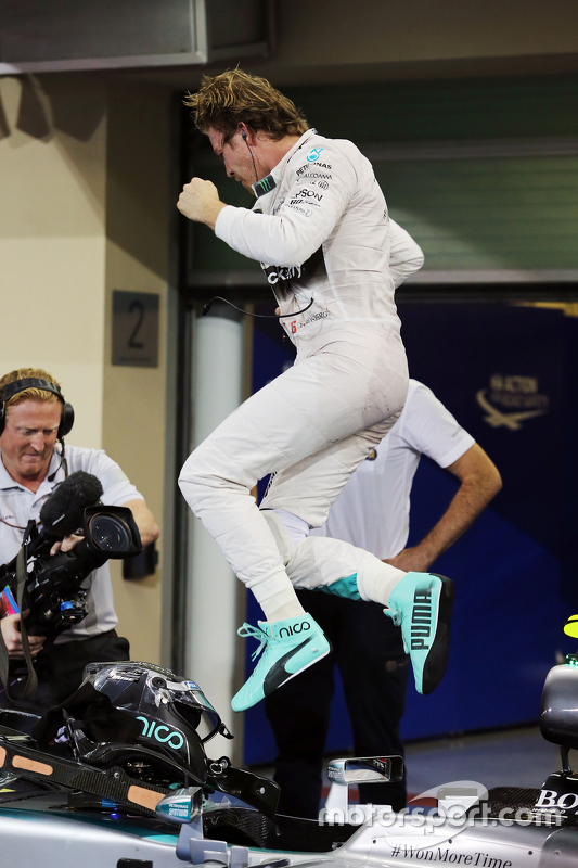 Race winner Nico Rosberg, Mercedes AMG F1 W06 celebrates in parc ferme