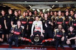 Ромен Грожан, Lotus F1 E23 на командном фото