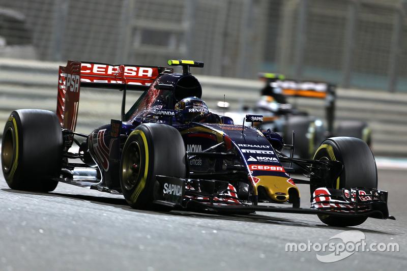 Карлос Сайнс мол., Scuderia Toro Rosso