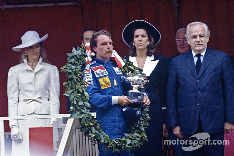Winnaar Keke Rosberg, Williams met prins Rainier en prinses Caroline