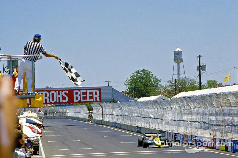 Keke Rosberg, Williams se lleva el triunfo