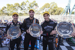 Podium: winner Shane van Gisbergen, Tekno Autosports Holden, second place Jamie Whincup, Triple Eight Race Engineering Holden, third place Rick Kelly, Nissan Motorsports