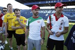 Tiago Monteiro,  Honda Racing Team JAS Honda Civic WTCC und Mehdi Bennani, Sébastien Loeb Racing