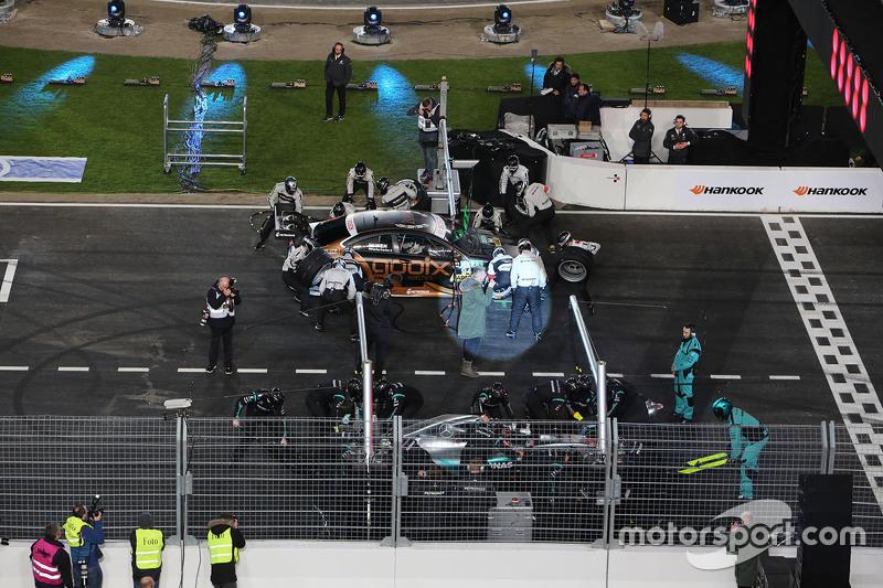 Ніко Росберг, Mercedes AMG F1 та Паскаль Верляйн, HWA AG Mercedes-AMG DTM