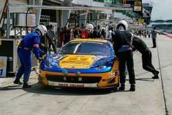 #11 Singha Motorsport Ferrari 458 GT3: Piti Bhirom-Bhakdi, Carlo van Dam, Alessvero Pier Guidi, Davi