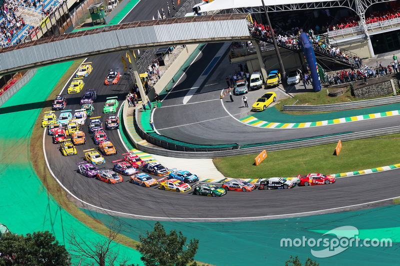 Interlagos Turn 1