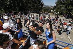 Stefano D'Aste, Münnich Motorsport bersama grid girls