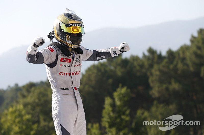 Race winner Ma Qing Hua, Citroën World Touring Car team