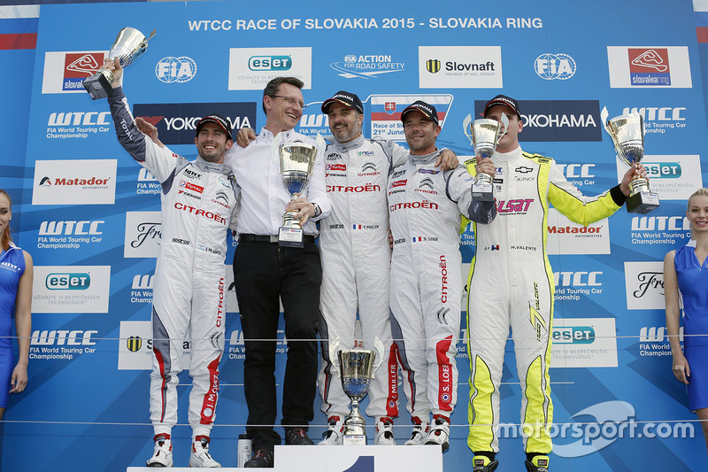 Podium: race winner Yvan Muller, Citroën C-Elysee WTCC, Citroën World Touring Car team, second place Jose Maria Lopez, Citroën C-Elysee WTCC, Citroën World Touring Car team, third place Sébastien Loeb, Citroën C-Elysee WTCC, Citroën World Touring Car team and Hugo Valente, Chevrolet RML Cruze TC1, Campos Racing