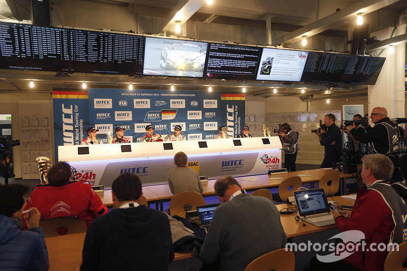 Press conference: Mehdi Bennani, Citroën C-Elysee WTCC, Sébastien Loeb Racing, Norbert Michelisz, Honda Civic WTCC, Zengo Motorsport, Tiago Monteiro, Honda Civic WTCC, Honda Racing Team JAS, Yvan Muller, Citroën C-Elysee WTCC, Citroën World Touring Car team,Jose Maria Lopez, Citroën C-Elysee WTCC, Citroën World Touring Car team, Sébastien Loeb, Citroën C-Elysee WTCC, Citroën World Touring Car team