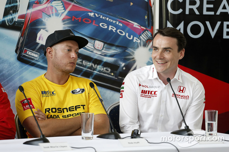 Press conference: Norbert Michelisz, Honda Civic WTCC, Zengo Motorsport and Rob Huff, Lada Vesta WTCC, Lada Sport Rosneft