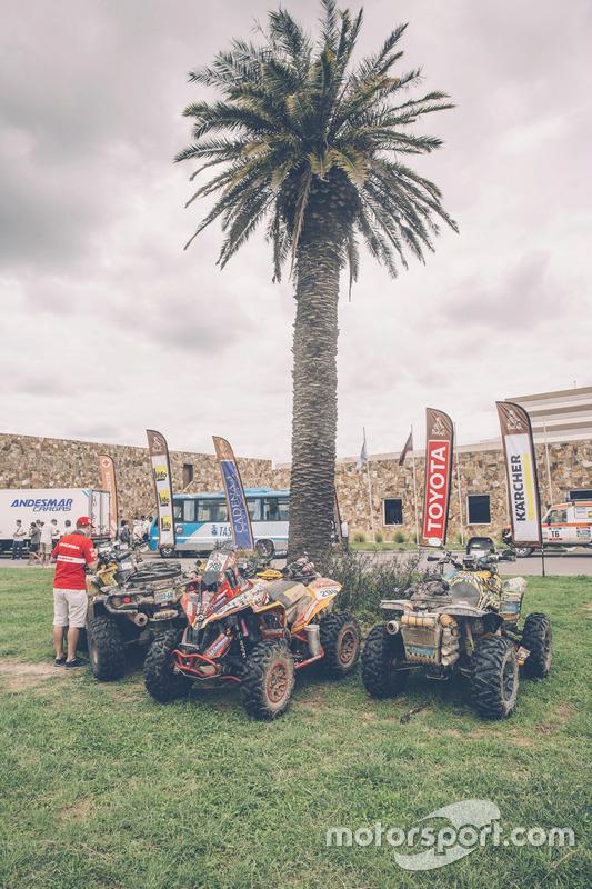 Het bivak van de Dakar 2016 tijdens de rustdag