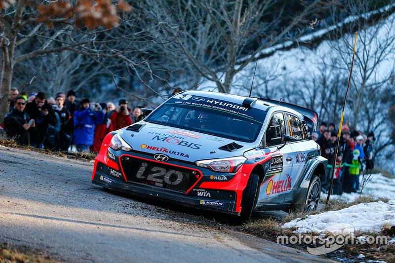 Thierry Neuville, Nicolas Gilsoul, Hyundai i20 WRC, Hyundai Motorsport at Rally Monte Carlo