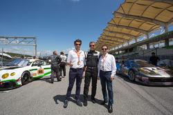 Операційний менеджер Asian Le Mans Series Сіріль Теш-Вален, менеджер з продаж Onroak Automotive Кріс