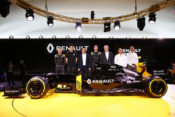 Carlos Ghosn, Renault President with Jerome Stoll, Renault Sport F1 president, Cyril Abiteboul, Renault Sport F1 managing director and Frederic Vasseur, team manager Renault Sport F1 team and drivers Jolyon Palmer, Kevin Magnussen and Esteban Ocon, Renault