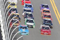 Aric Almirola, Ford et Chase Elliott, JR Motorsports Chevrolet