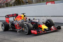 Daniil Kvyat, Red Bull Racing RB12 uitgerust met sensoren