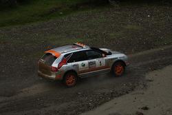 #1 Team USA Porsche Cayenne S Transsyberia detail
