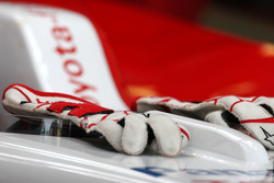 The gloves of Jarno Trulli, Toyota Racing