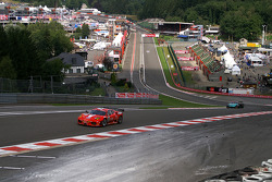 Eau Rouge, #57 Kessel Racing Ferrari 430: Henri Moser, Fabrizio Del Monte, Gilles Vannelet, Andrea Palma