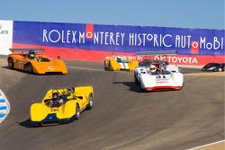 Tom Malloy, McLaren M8E in trouble