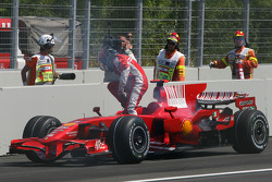 Kimi Raikkonen, Scuderia Ferrari, retires after engine failure