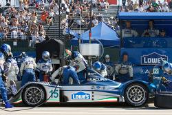 Pit stop for #15 Lowe's Fernandez Racing Acura ARX-01B Acura: Adrian Fernandez, Luis Diaz