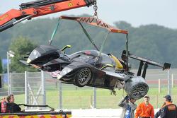 The wrecked #20 Epsilon Euskadi Epsilon Euskadi - Judd